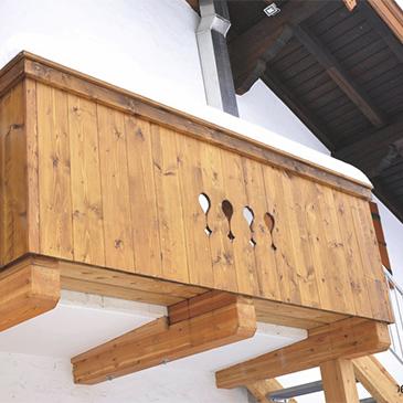 Holzbalkone